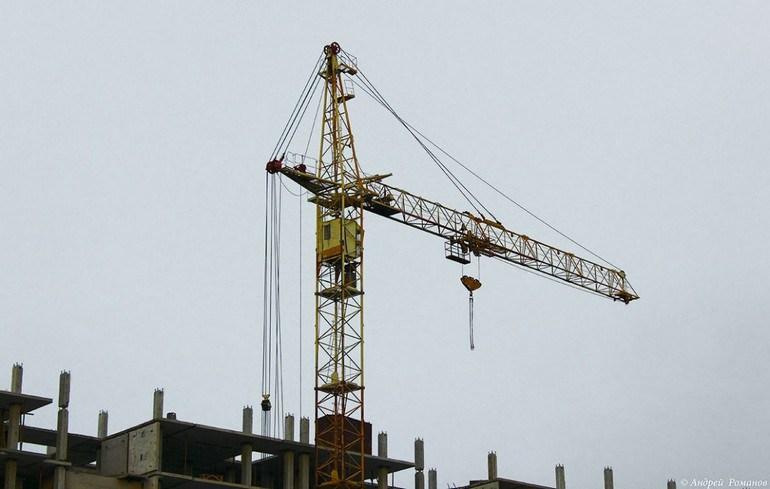 ВЖК «Экодолье» крановщица выпала изкабины строительного крана
