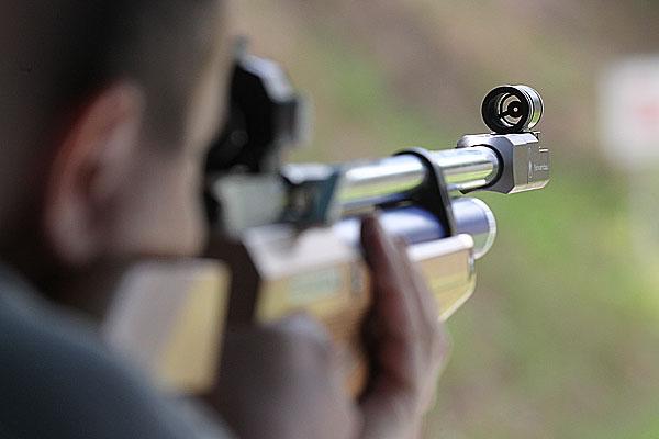 Гражданин Оренбурга, стрелявший подетям извинтовки, 1 год проведет вколонии