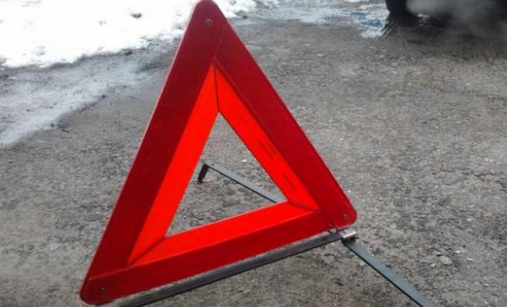 Наорской трассе вДТП попал автобус, пострадали женщина иребенок