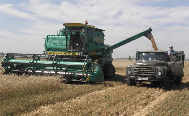 Орск отстает поуборке урожая практически вдва раза