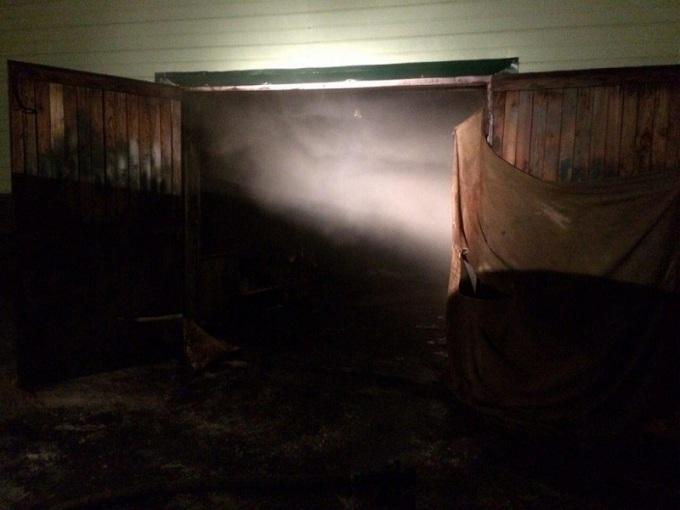 ВБузулуке пожарные спасли инвалида изгорящего гаража
