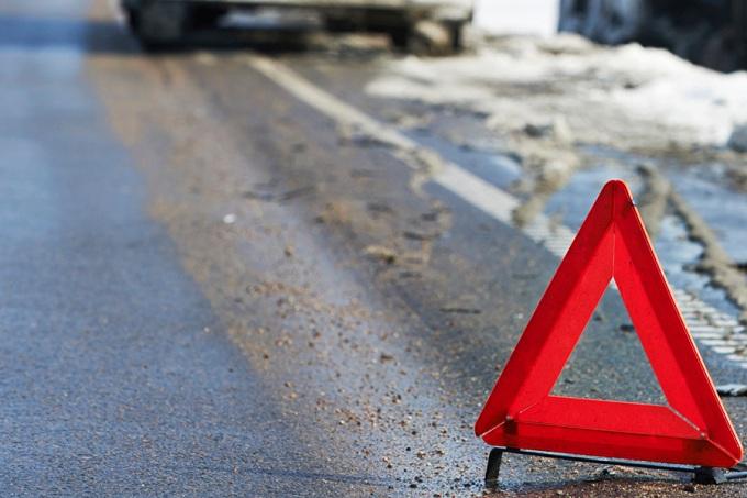 ВОренбурге столкнулись пассажирский автобус илегковой автомобиль, есть пострадавшие