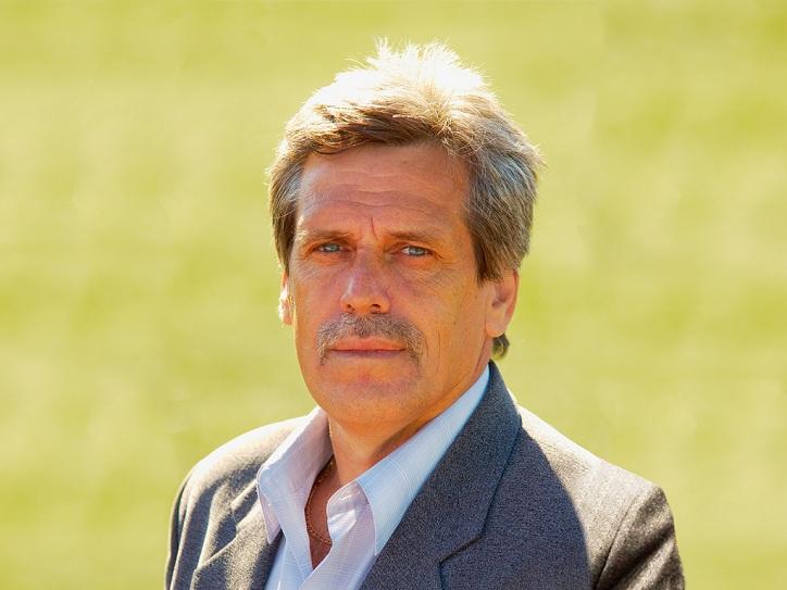 Вовремя футбольного матча скончался прошлый главный тренер «Газовика»