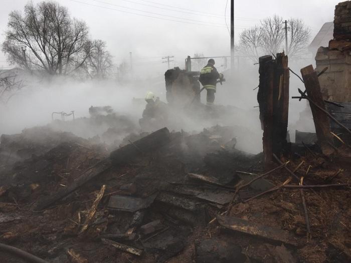 ВОренбуржье впожаре вжилом доме скончался 10-летний ребенок